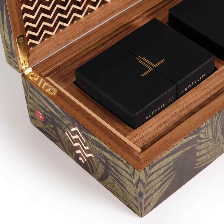 Alexandra Llewellyn Jungle Card Box Detail 03